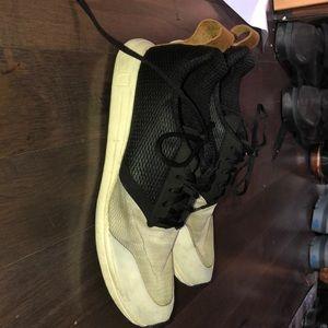 Hardly worn men's York Athletic sneakers